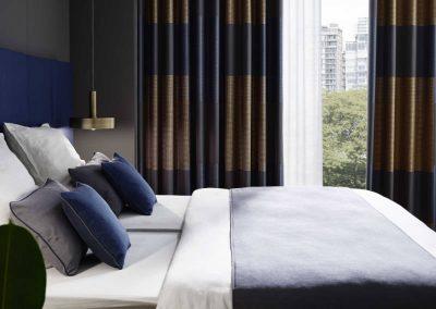 carpet-diem-die-marken-drapilux_189_Hotelzimmer_01_A03